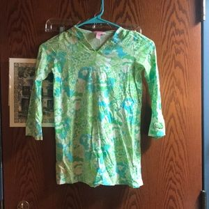Lilly Pulitzer Children's 6 7 print shirt 3/4